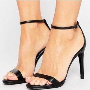 NWOT Steve Madden Stecy heels